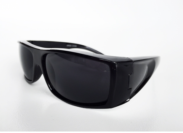 Black masculine sunglasses for men - sunlooper.co.uk - billede 2