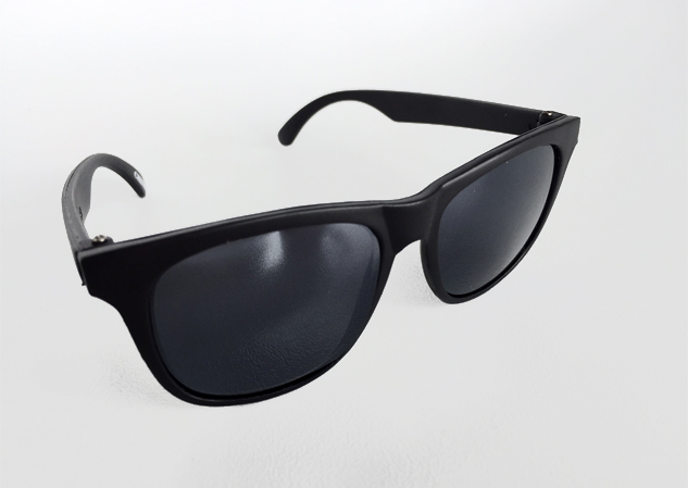 Black wayfarer sunglasses for KIDS