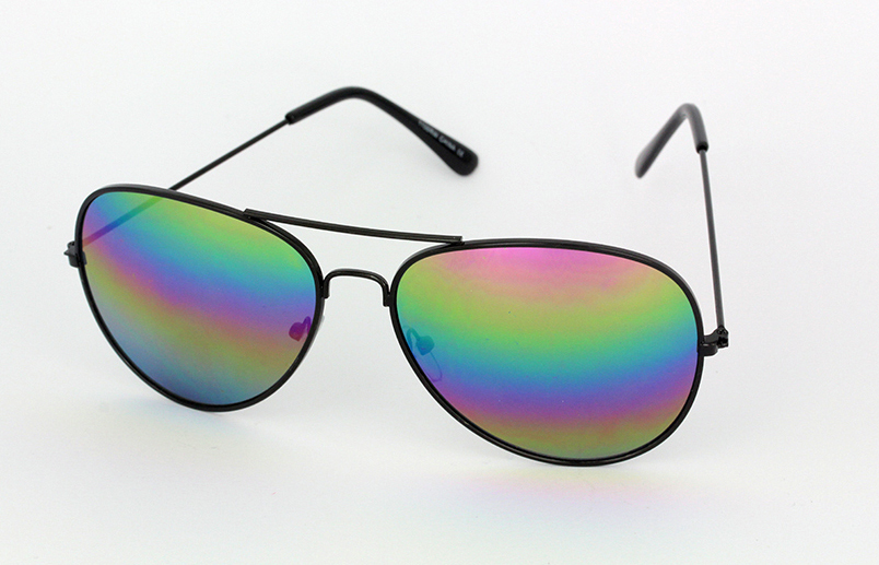 Aviators in black with rainbow mirrow lenses