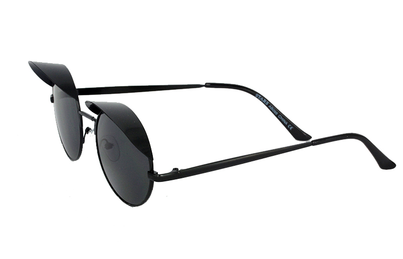 Black round sunglasses with small shade - sunlooper.co.uk - billede 2