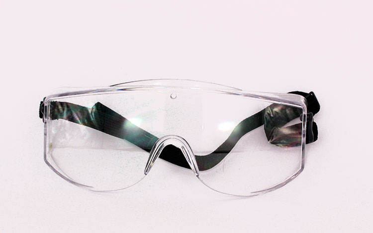 Massive protective eyewear - transparent