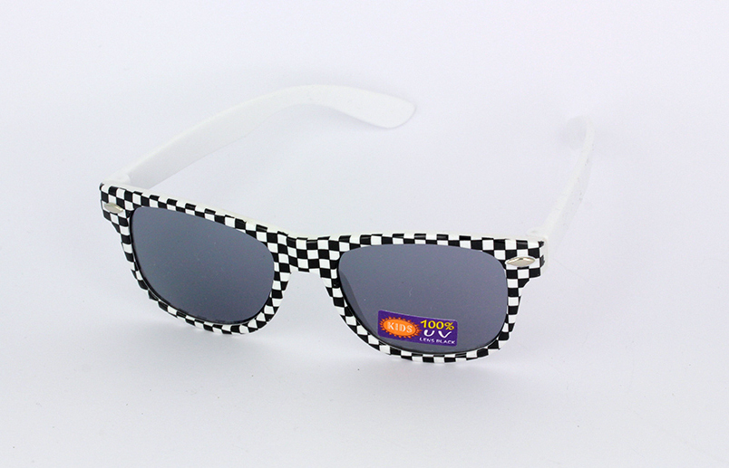Sunglasses for children in checkered black and white