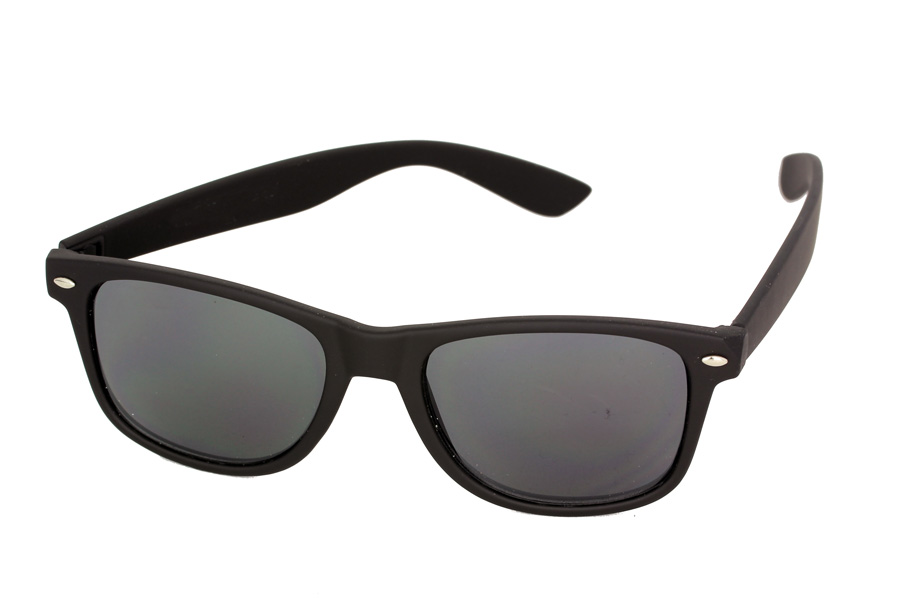 Black wayfarers with matte frames