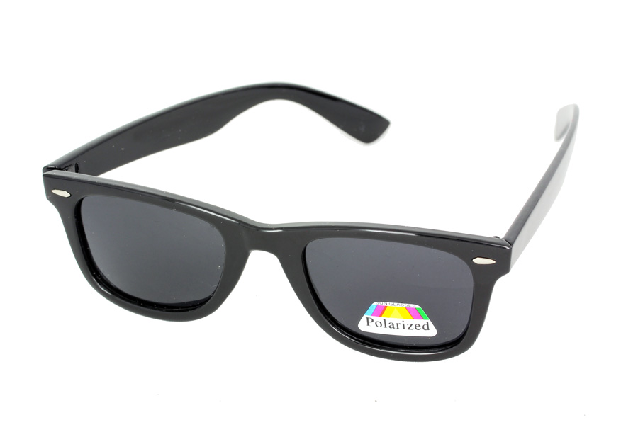 Black polaroid sunglasses in wayfarer design