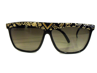 Cheap black sunglasses with yellow design