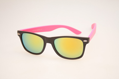 Cheap sunglasses in black with pink arms - sunlooper.co.uk - billede 2
