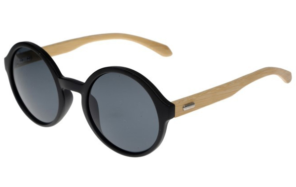 Oversize round sunglasses in black with handmade bamboo arms. Robust quality