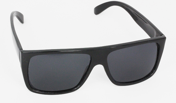 Black polaroid sunglasses - sunlooper.co.uk - billede 2