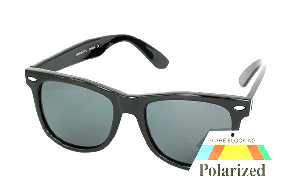 Polaroid sunglasses in Wayfarer-design