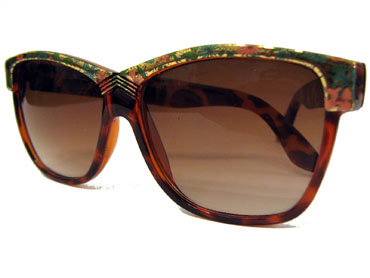 Retro sunglasses with flowers