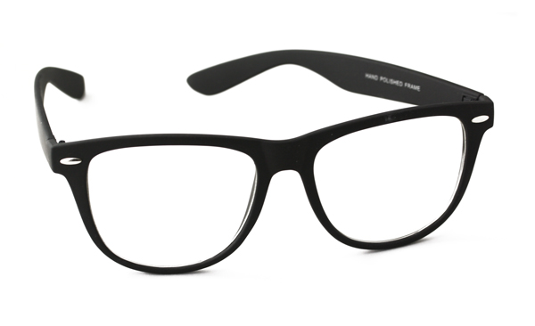 Large non-prescription wayfarers in lovely matte design