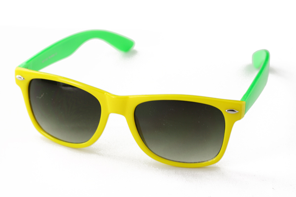 Wayfarer sunglasses in yellow with green arms