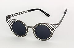 Lovely black metal grid sunglasses in cateye design - Design nr. 1034