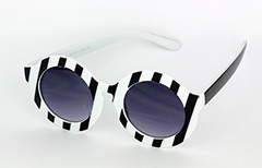 Large round sunglases in black and white - Design nr. 1038