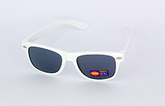 Kids sunglasses in white wayfarer look - Design nr. 1085