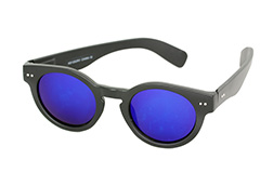 Matte black sunglasses with round design - Design nr. 1135