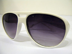 Large white sunglasses in good quality - Design nr. 1384