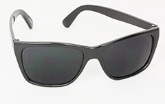 Simple black masculine sunglasses in wayfarer look - Design nr. 3000