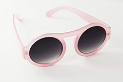 Large round sunglasses in pink. Slightly transparent design - Design nr. 870